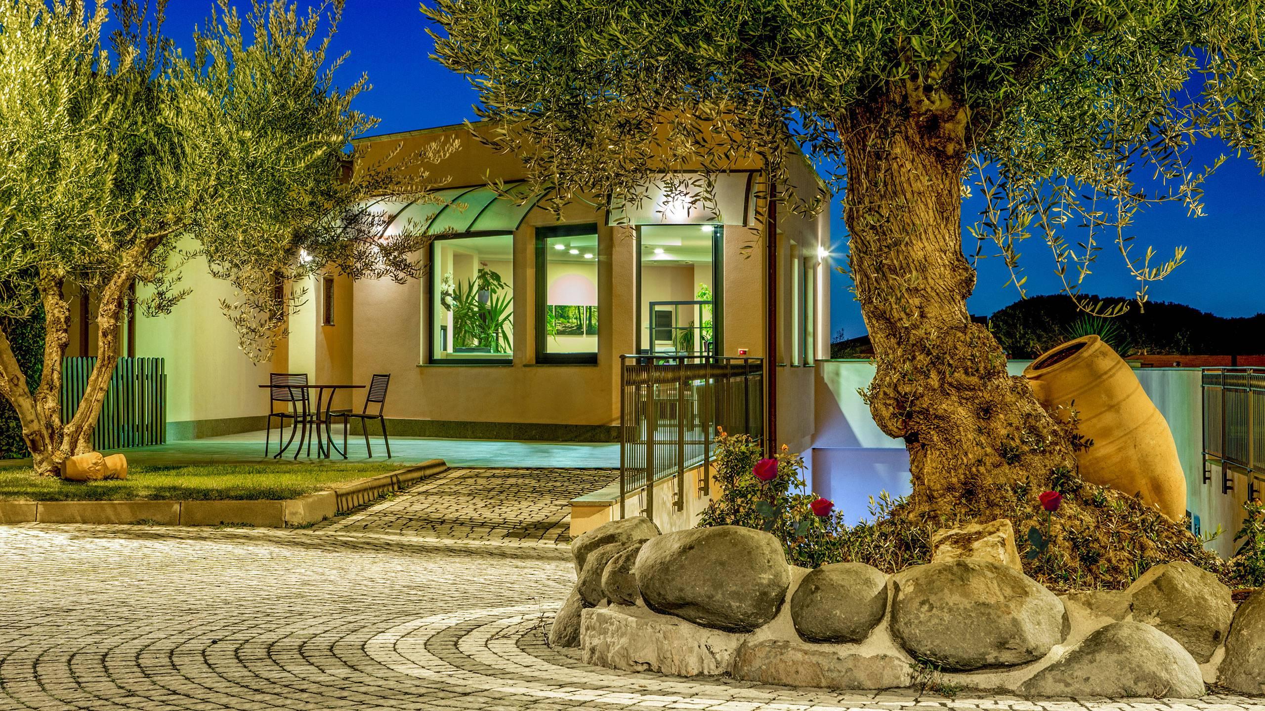 Residence Poggio degli Ulivi | Frascati | Services